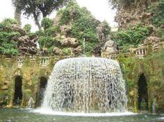 ティボリ「エステ家別荘」は世界遺産の噴水庭園