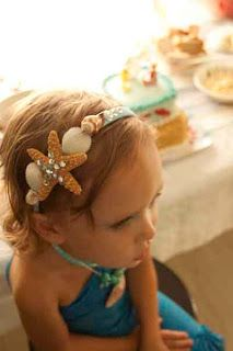 perfect accessory for a mermaid costume, I will try to make something like this