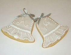 wedding bell cookies