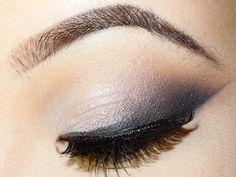 Smokey Cat Eye Look