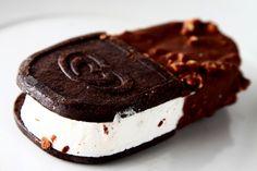 ice cream sandwich + ice cream bar?!?