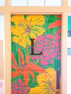 Lilly Pulitzer Winter Park Store's Entrance