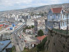 Valparaiso-city-chile