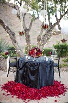 red and romantic sweetheart table