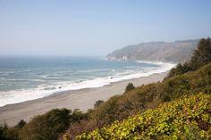 Top 10 beach towns for retirees - CBS News