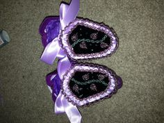 Baby girl haudenosaunee moccasins - rope stitch & raised beadwork.