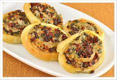spinach wheel, wheels, finger foods, sundri tomato, puff pastries