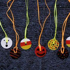 We Made That: Halloween Washer Necklace  ☀CQ #halloween #crafts #DIY óÓò