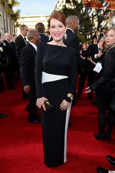Dresses with sleeves: Julianne Moore at the Golden Globes 2013. Via Huffington Post.