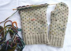 Ravelry: bunnyknitter's fake thrummed mittens