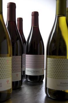 label / Angoris wine