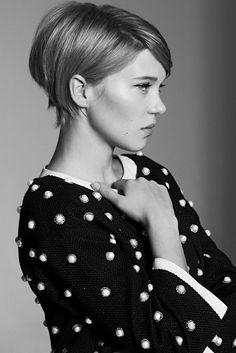 Short bob hair cut | Lea Seydoux by Photographer Eric Guillemain