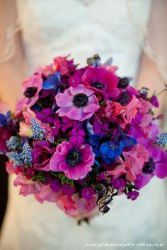Padrisima idea para las novias con bodas en tonos azules y morados!