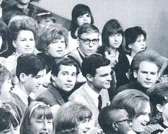 Simon and Garfunkel in Upbeat audience