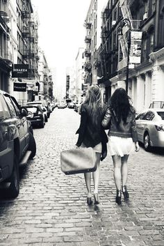 Best friends travelling together