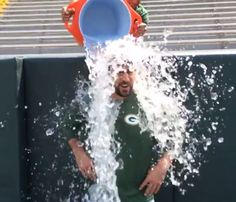Green Bay Packers QB Aaron Rodgers helps #StrikeOutALS by responding to the #IceBucketChallenge issued by Jonathan Lucroy.