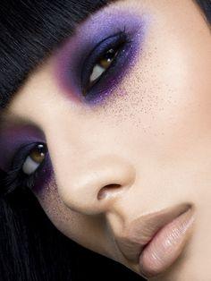 Dramatic purple #eye #makeup