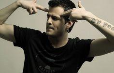 """""""100 Φορές"""", το νέο τραγούδι του ΝΙΝΟ είναι εδώ! - GetGreekMusic"""