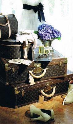 Louis Vuitton luggage... So classy, so beautiful!!! <3