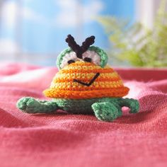 Ravelry: Spicy Crabcakes Crab Toy pattern by Sue Harnach