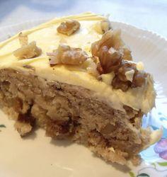 The English Kitchen: Applesauce Spice Cake . . .