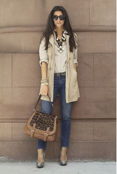 Great look for Fall. Wish I was that skinny too!