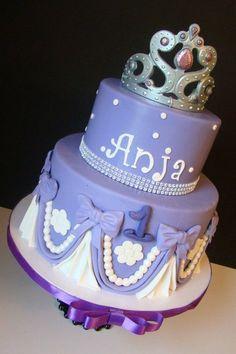 Sofia Cake birthday parti, sofia cake, princess sofia, 3rd bday, cake decor, purple cakes, birthday cake, sofia birthday, purple princess cake