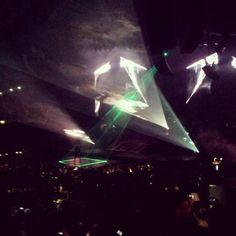 Nice light effects at #WatchTheThrone #Illuminati anyone? lol