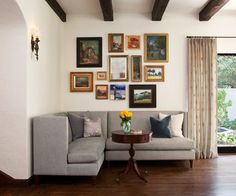 Classic and Chic Living Room - traditional - Living Room - San Francisco - lisa rubenstein - real rooms design
