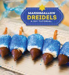 DIY Tutorial: Marshmallow Dreidels (+ FREE Happy Hanukkah Printable) holiday ideas, marshmallow dreidel, happi hanukkah