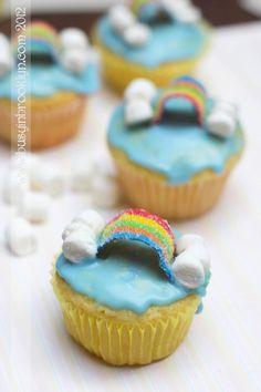 Parshas Noach rainbow cupcakes