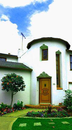 California house heaven by Wonderlane, via Flickr