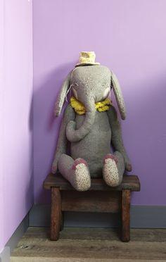 Lovely elephant by Désaccord