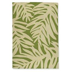 101 Beach House Must-Haves: Frontgate Classic Palm Outdoor Rug in Green | from $239