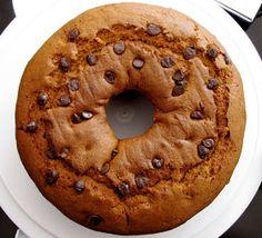 FOOD ADVOKAT: Best Pumpkin Chocolate Chip Cake Ever!!