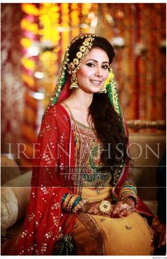 mehndi look - kundan jewelry, light fabrics with goti work, hair soft and to the side.