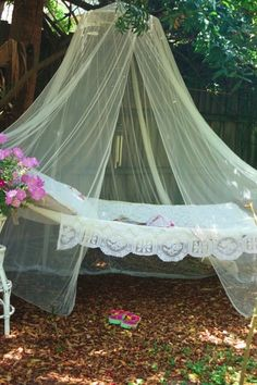 Great for summer reading and cat napping outdoors!!