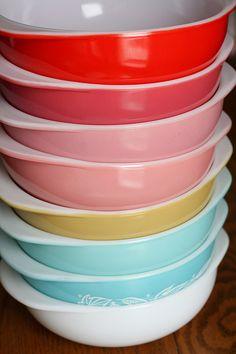Pyrex_Rainbow set...