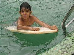 teach child to swim