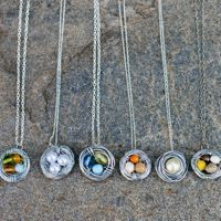 "Nest necklaces. MOPS craft idea.  Great easy tutorial.  ""eggs"" represent each child."