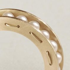 LIA DI GREGORIO-IT-Yellow-gold-sphere-pearl-ring-