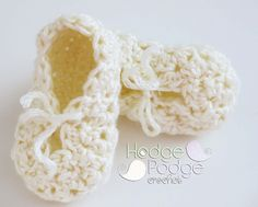 Bumpy Baby Bootie pattern by Tanya Naser