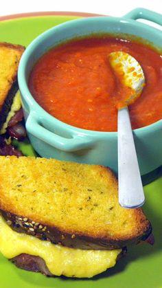 Italian Tomato Soup (Zuppa di Pomodoro) in a Crock Pot