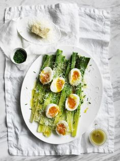 leeks with soft boiled eggs & garlic vinaigrette