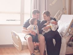 Newborn hospital pictures with big brother and family
