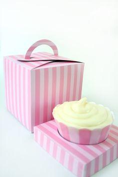 Cupcake holder box
