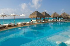 looks so relaxing... will travel to Cancun most definitely ;)