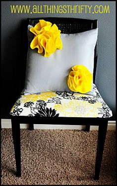 felt flower pillows #felt #sewing #flowers #cushions #pillows