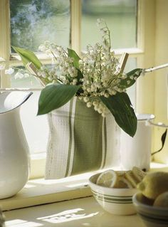 lovely green and white vignette sack, karin lidbeck, tea towels, green, kitchen towels, kitchen colours, dish towels, garden, flower