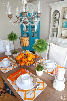Affordable-Fall-tablesetting